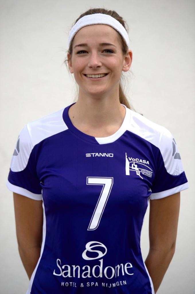 7. Anne Heesakkers