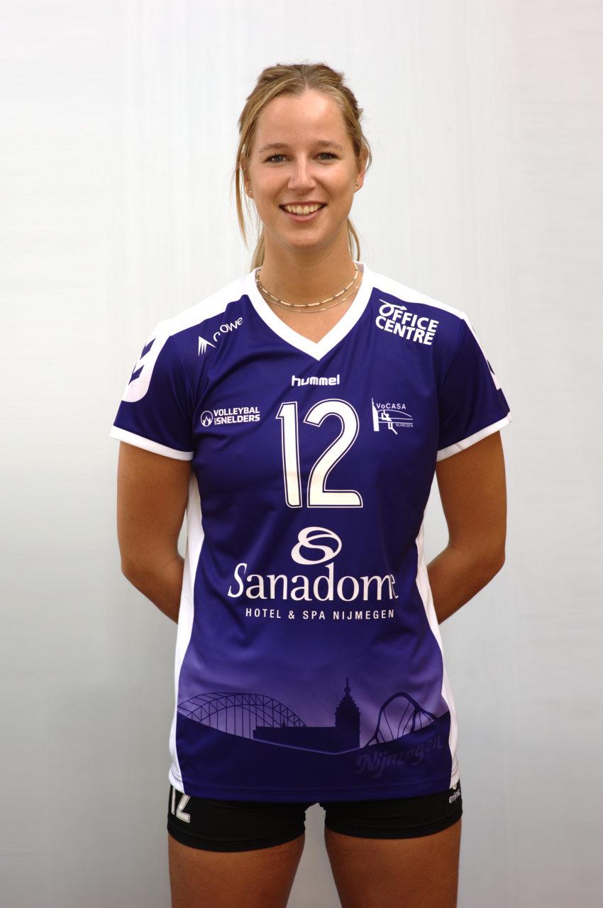 12 Joëlle Vilé (PL)